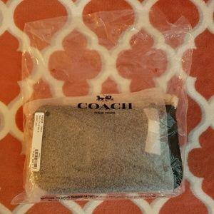 Coach Bags - Coach wristlet 19 (F30258) Pebbled Leather BLACK